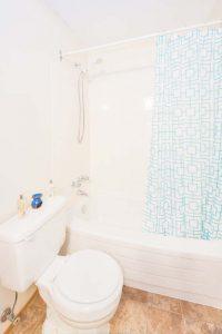 Silverwood bathroom 2nd view